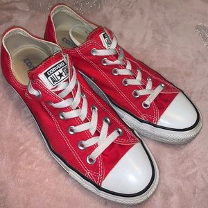 Chuck Taylor Red Converse Women size 9 1/2